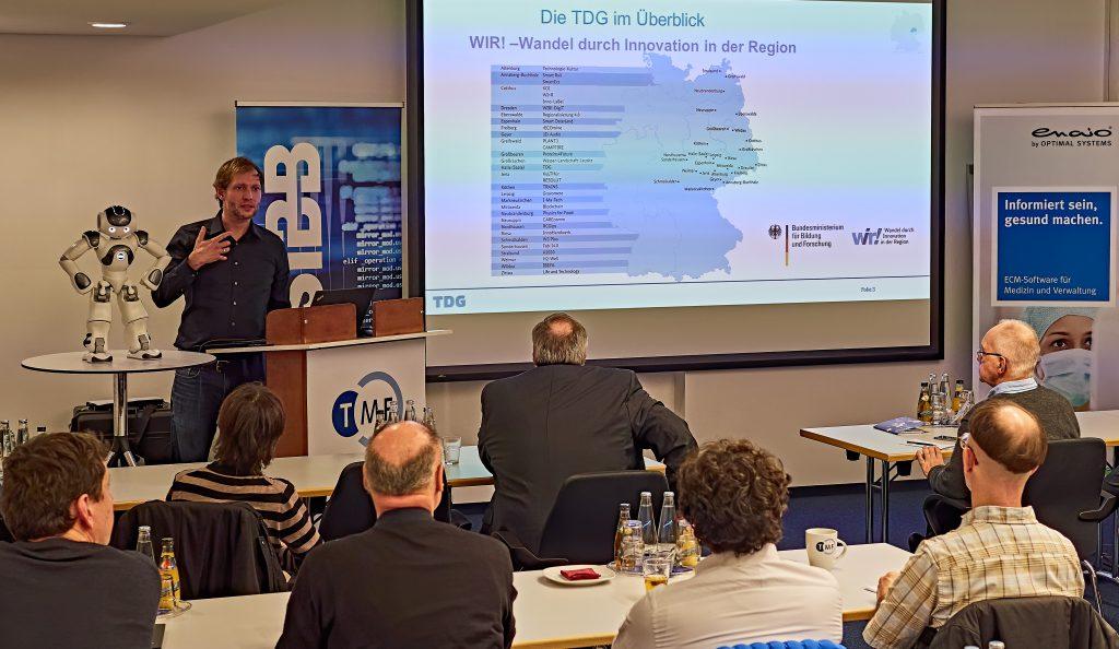 Dr. Karsten Schwarz referiert über die Translation für eine digitalisierte Gesundheitsversorgung